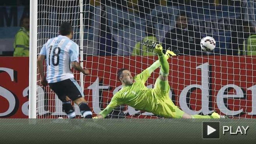 Argentina resuelve en los penaltis y pasa a semifinales