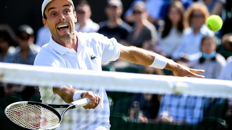 Bautista supera a Koepfer y ya está en octavos de final en Wimbledon
