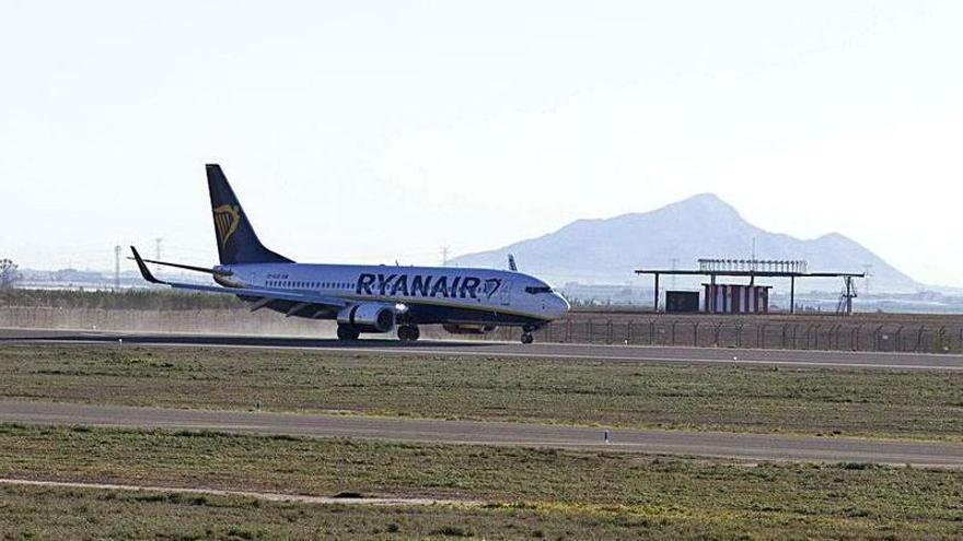 Las aerolíneas se preparan para volar desde Corvera en abril