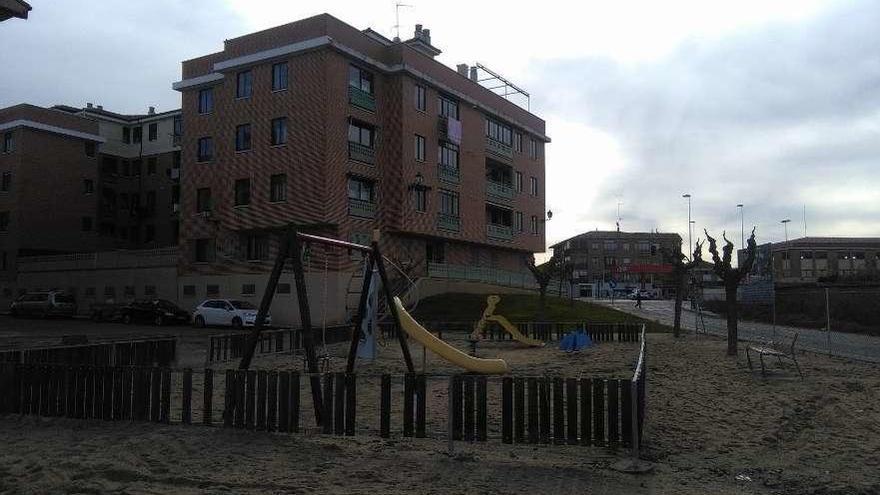 Obras inicia la remodelación del parque de Guinda Garrafal