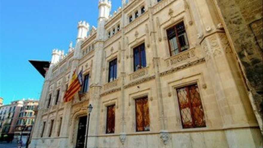 El Consell aporta casi 2,5 millones de euros al tejido empresarial de 30 municipios de Mallorca