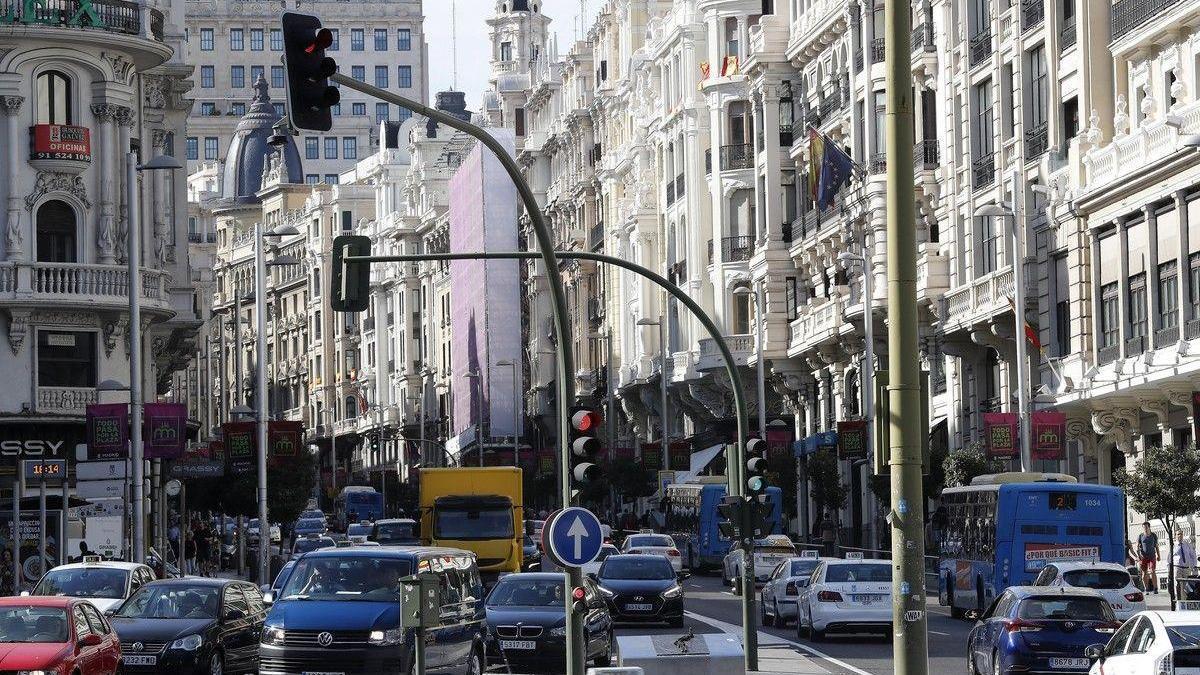 La brecha en el PIB per cápita entre Madrid y Extremadura se ha reducido el 30% desde 1975