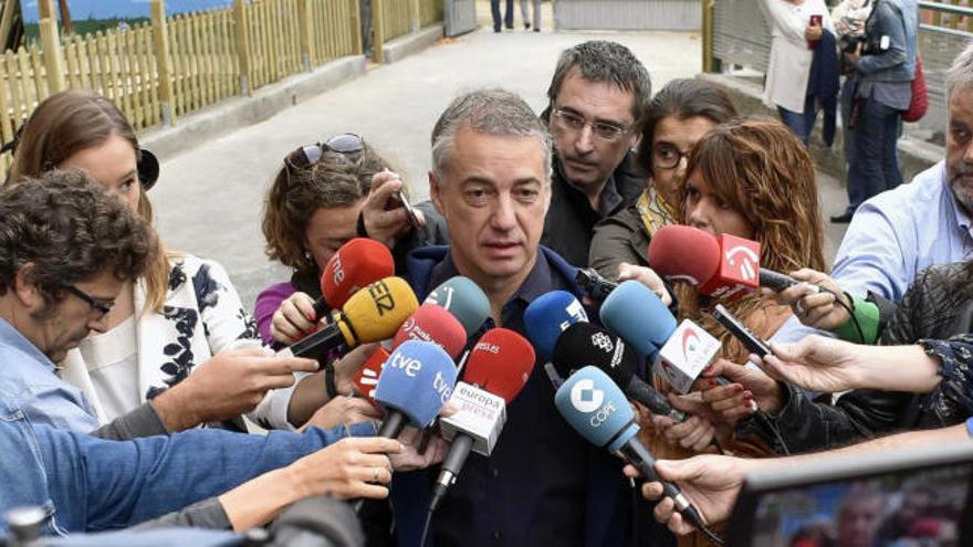 "Urkullu espera ""que Euskadi siga siendo singular"""