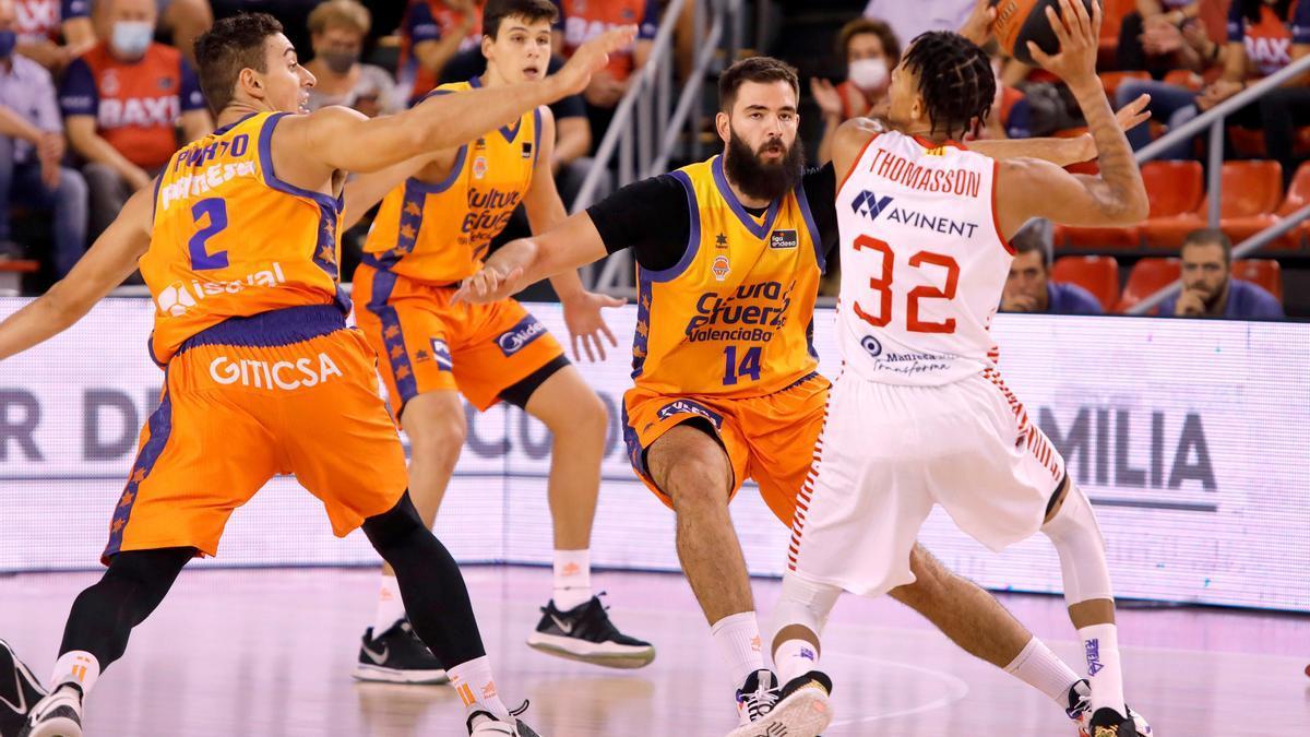 Las mejores fotos del Manresa - Valencia Basket
