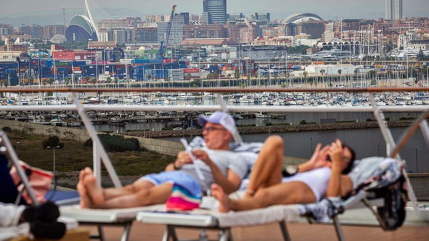 ¿Quién echa de menos a   los cruceristas en València?