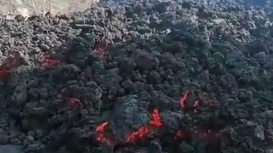 La lava anvanza por Tajuya y Tacande