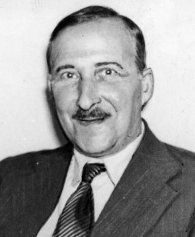 Stefan Zweig. WIKIPEDIA