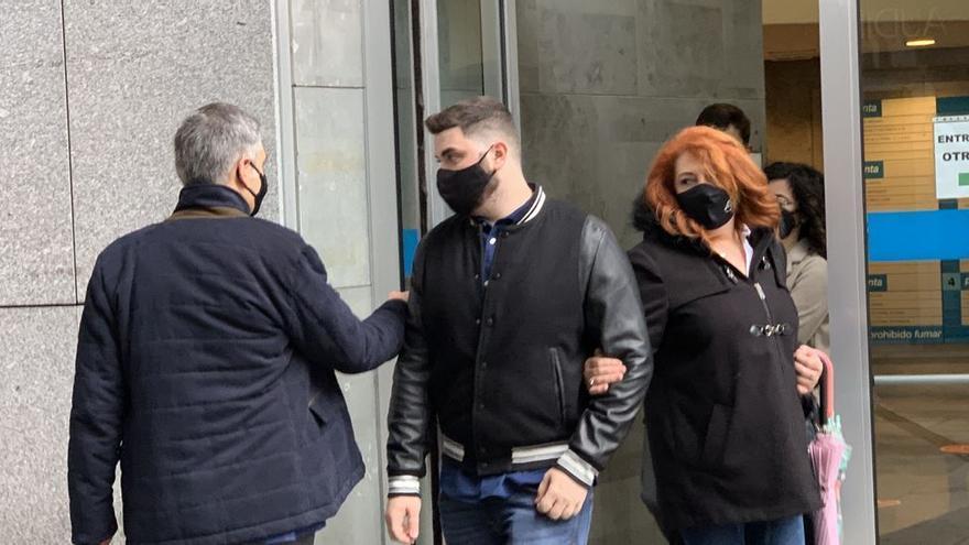 """""""No sé lo que hice, lo siento mucho, eran como hermanos"""", dice el causante del accidente con tres muertos de Asturias"""