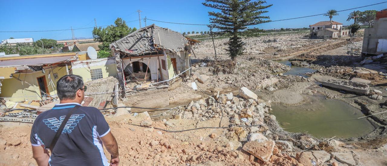 La Vega Baja sufrió numerosos daños por el paso de la gota fría y las riadas, que aún se cuantifican.