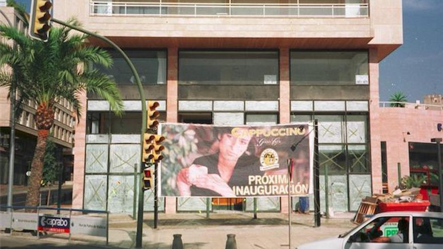 Café Cappuccino an Palmas Paseo Marítimo hat neue Eigner