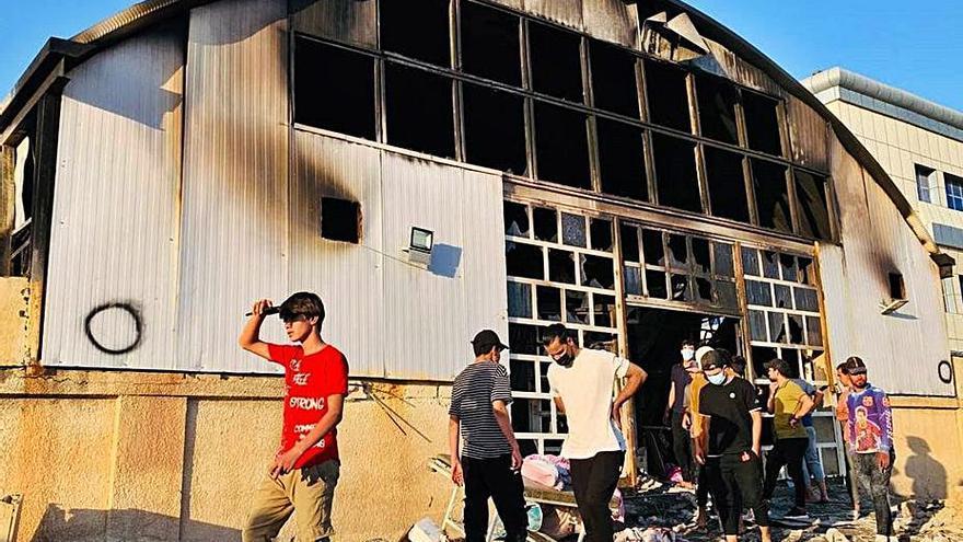 Al menos 92 muertos en el incendio de un hospital iraquí para enfermos de coronavirus