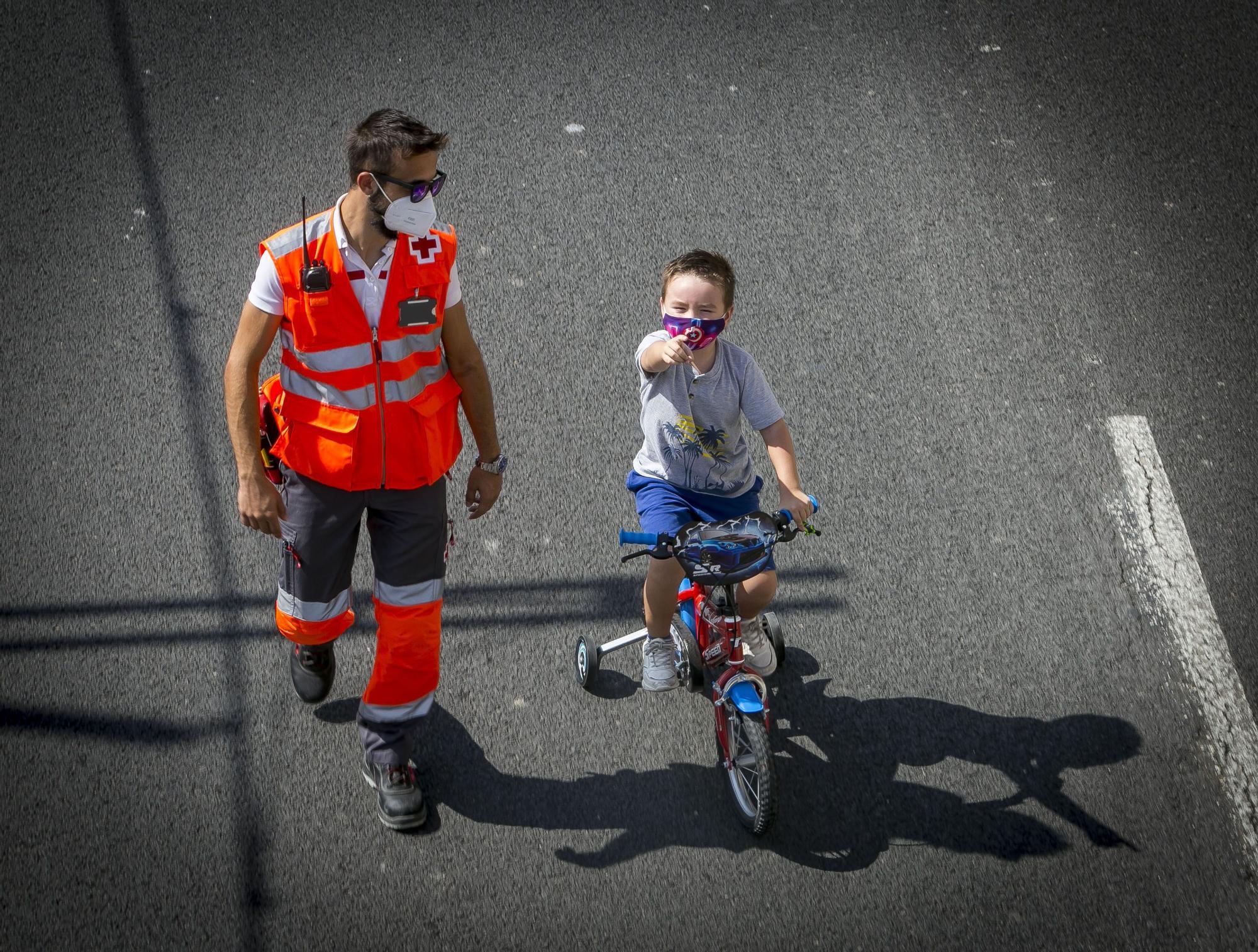 Unas 355 personas participan en la Ciclovía 2020 de Alicante