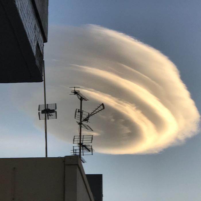 La nube ovni de Santa Cruz