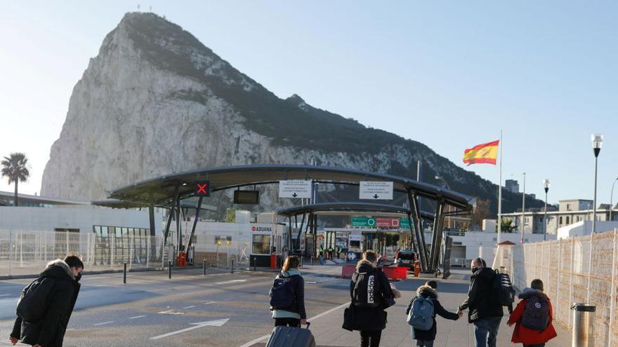 González Laya asegura que le corresponde a España aplicar Schengen en Gibraltar