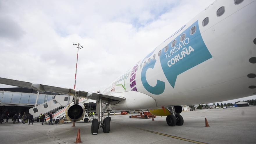 Lluvia de dinero en Alvedro: 10 millones para captar vuelos