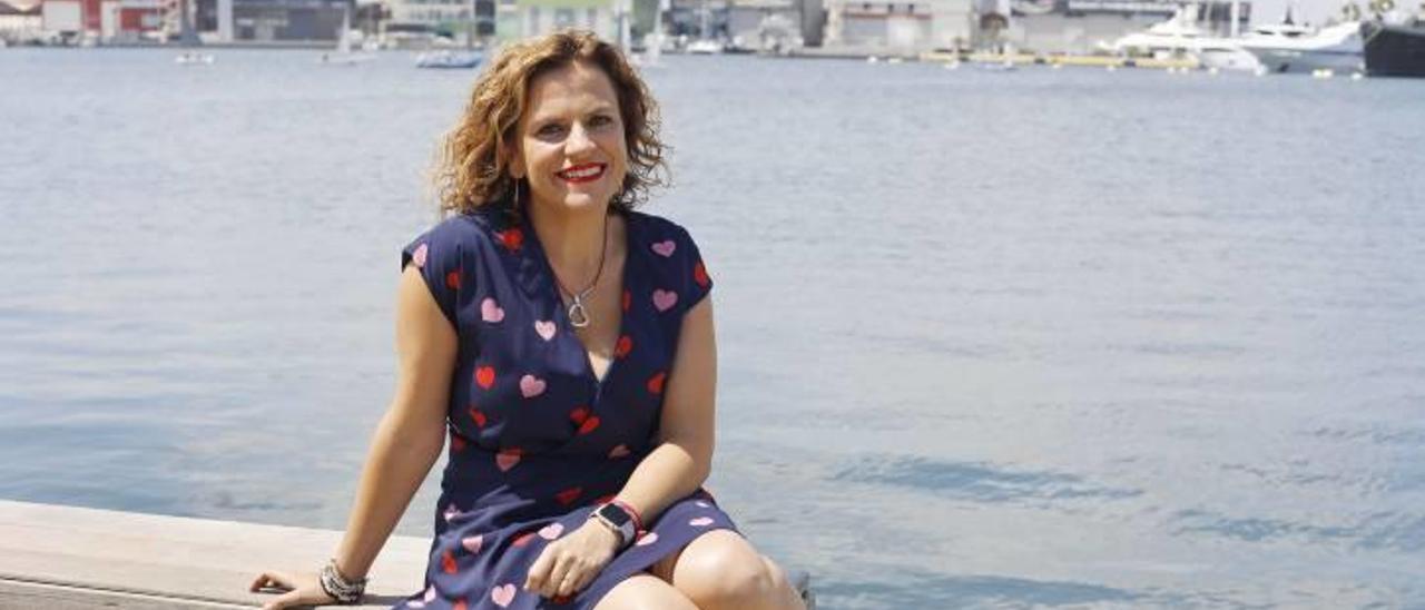 """Pilar Bernabé: """"Los centros de mayores no están solo para jugar al dominó"""""""