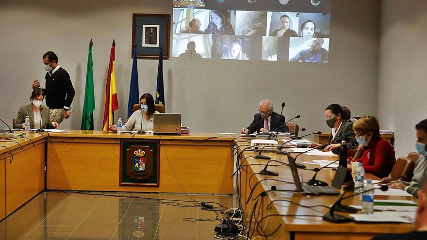 """""""Las cuentas suponen un impulso para sostener a familias y empresas"""", señala la alcaldesa de Castrillón"""