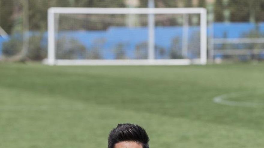 """Oier Olazabal: """"Estamos cerca de ganar cada partido; el año pasado era luchar y poco fútbol"""""""