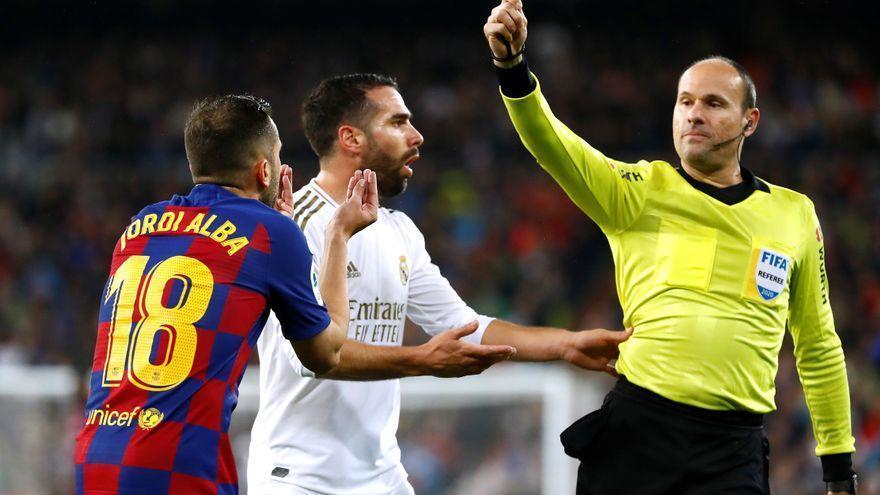Mateu Lahoz debutará en Bélgica-Rusia con Hernández Hernández en el VAR