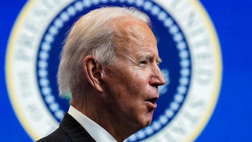 Biden habla con Putin sobre la extensión del acuerdo nuclear, Ucrania y Navalni