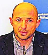 PP   Raúl López. VUELVE. En la anterior legislatura, gerente de la empresa municipal de aparcamientos y servicios (Smassa). Fue edil de 2012 a 2015.