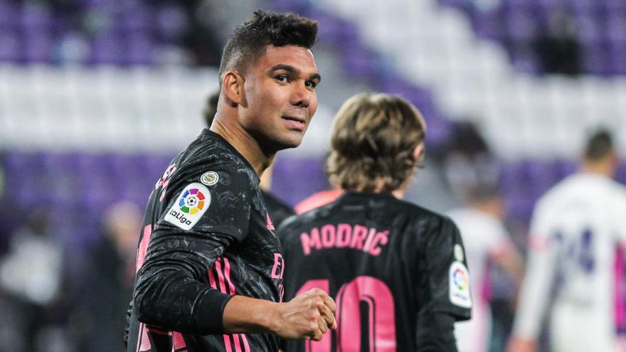 Casemiro da vuelo a un Madrid sin brillo en Valladolid para presionar al Atlético