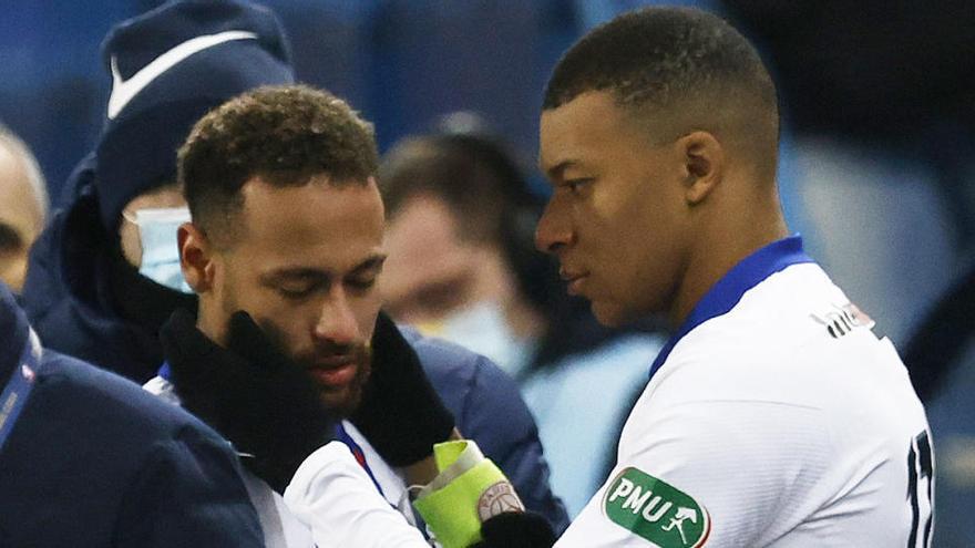 Neymar se lesiona una semana antes de medirse al Barcelona