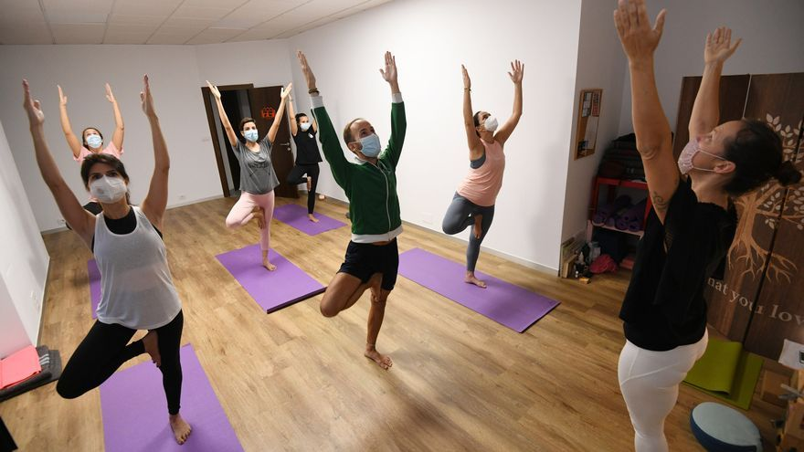 """Yoga: la otra """"vacuna"""" de la pandemia"""