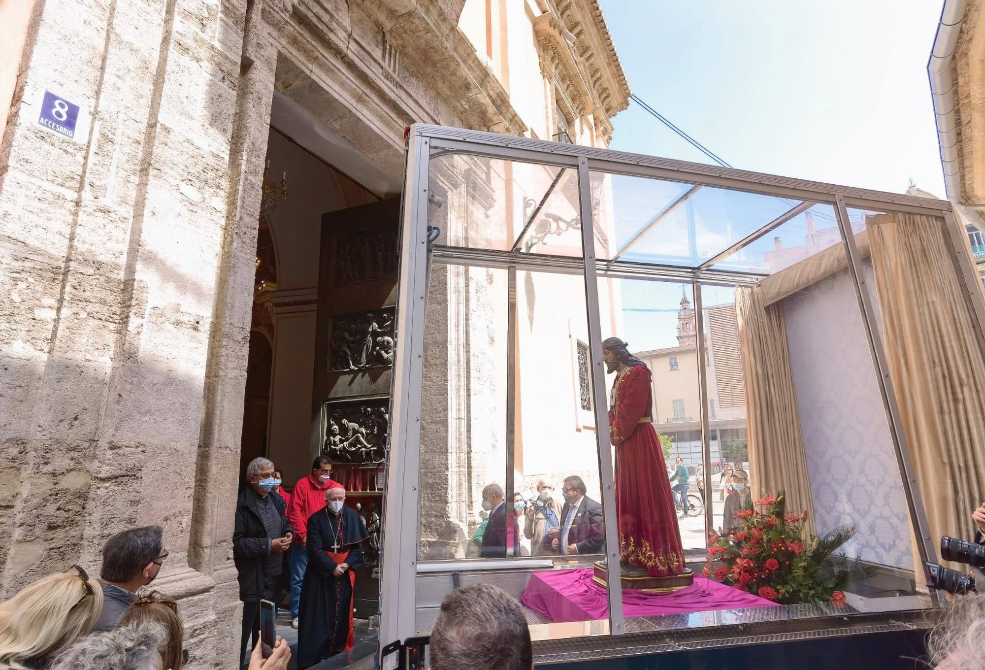 Cristo visita a la Virgen en la catedral