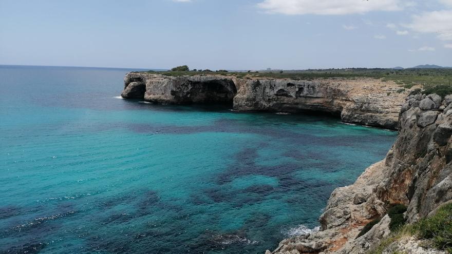Prohíben los chiringuitos en las playas naturales de la costa del Llevant