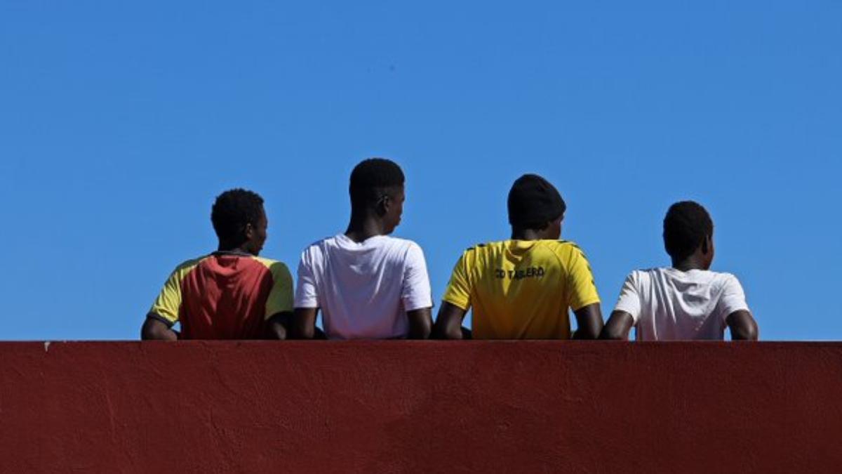 UNICEF reclama un plan de contingencia para atender a los menores migrantes que evite saturar el sistema.