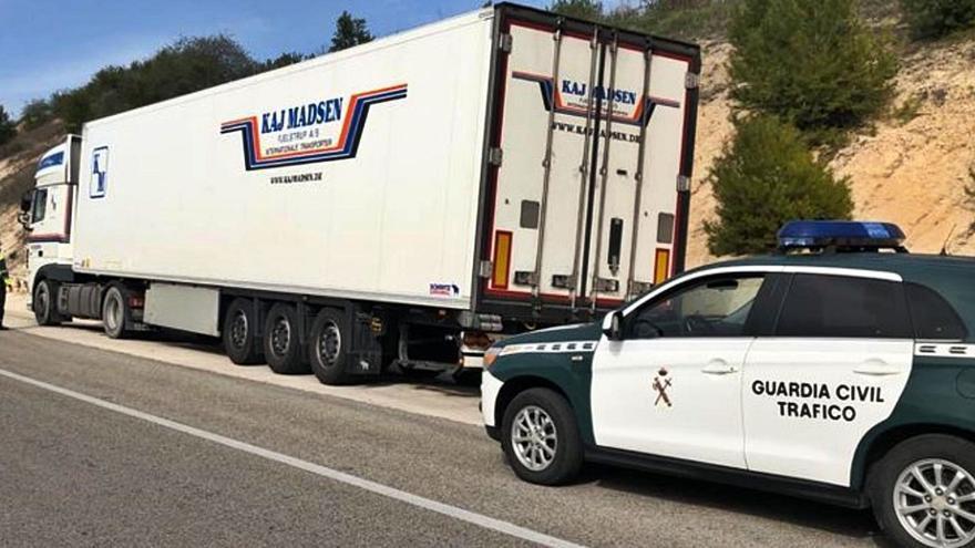 Detenido un camionero en Alcoy por quintuplicar la tasa de alcohol
