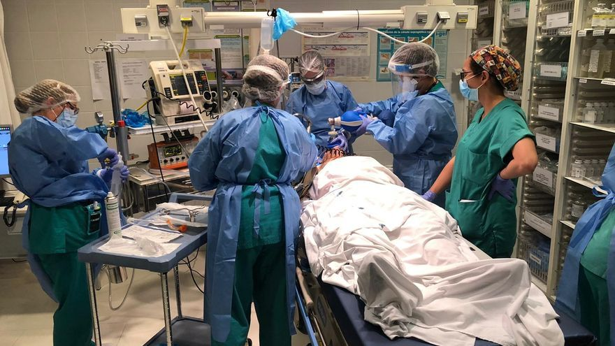 Dos enfermeras, dos médicos y un celador, nuevos contagios COVID entre los profesionales de Zamora