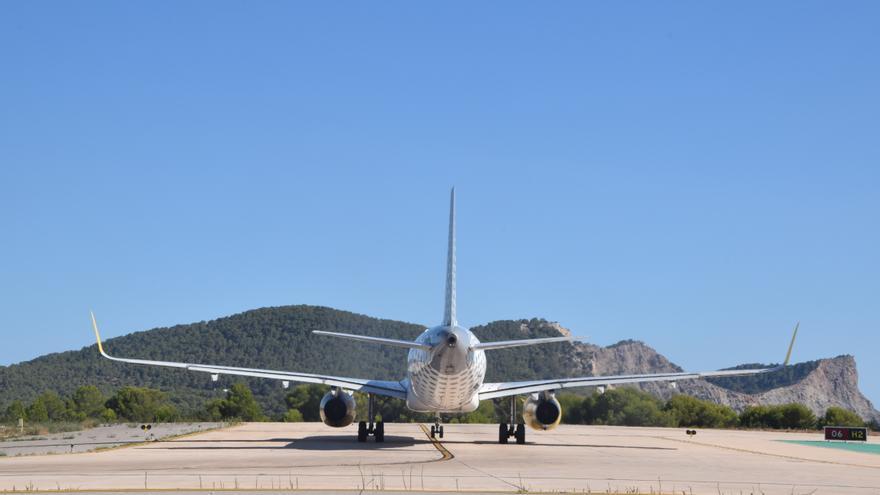 El Govern sanciona a catorce aerolíneas por cláusulas abusivas