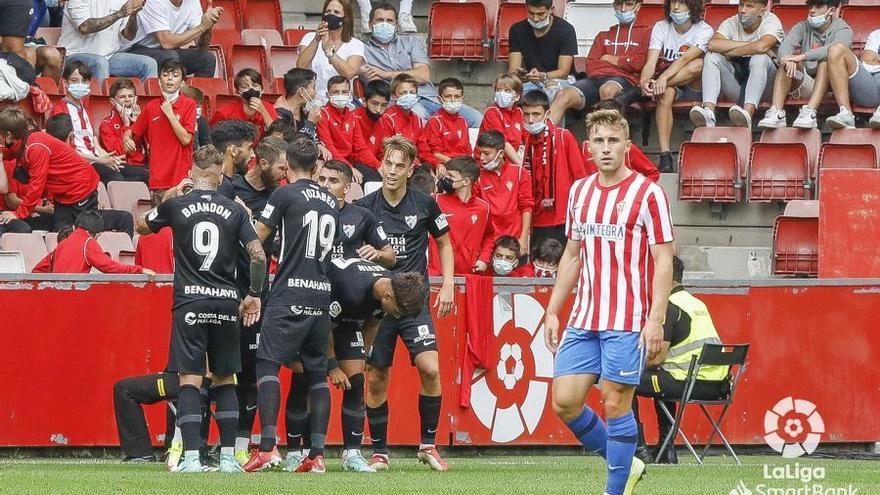 Sigue en directo el Sporting - Málaga CF (2 - 1)