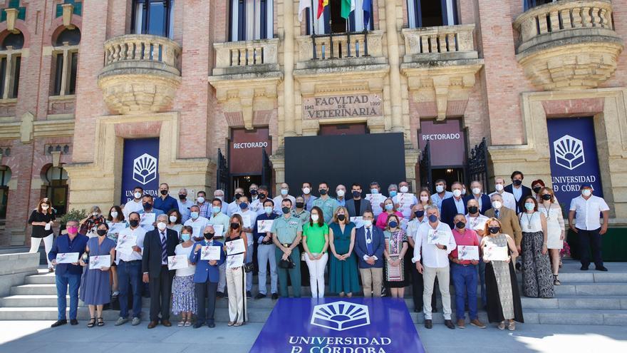 Los Mezquita de vino premian a un centenar de muestras