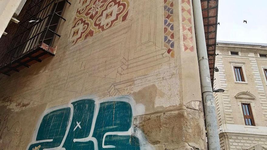 Las dos caras de la calle Don Juan de Málaga