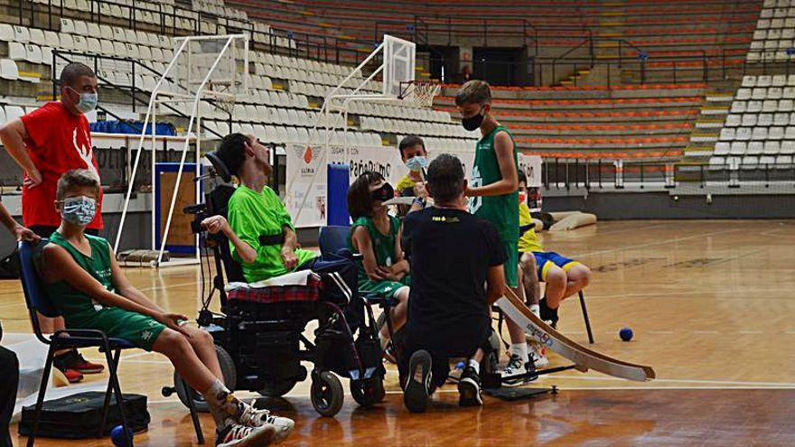 Aspromivise viaja a Llíria para participar en una campaña deportiva solidaria
