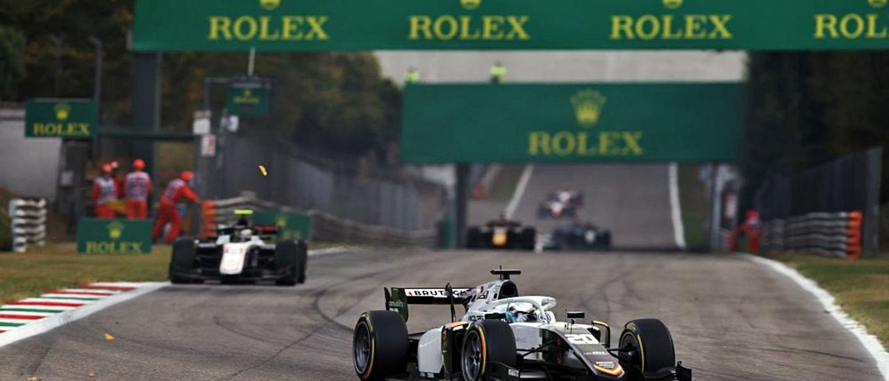 David Beckmann conduce el bólido de la escudería alzireña por el trazado de Monza. | CAMPOS RACING
