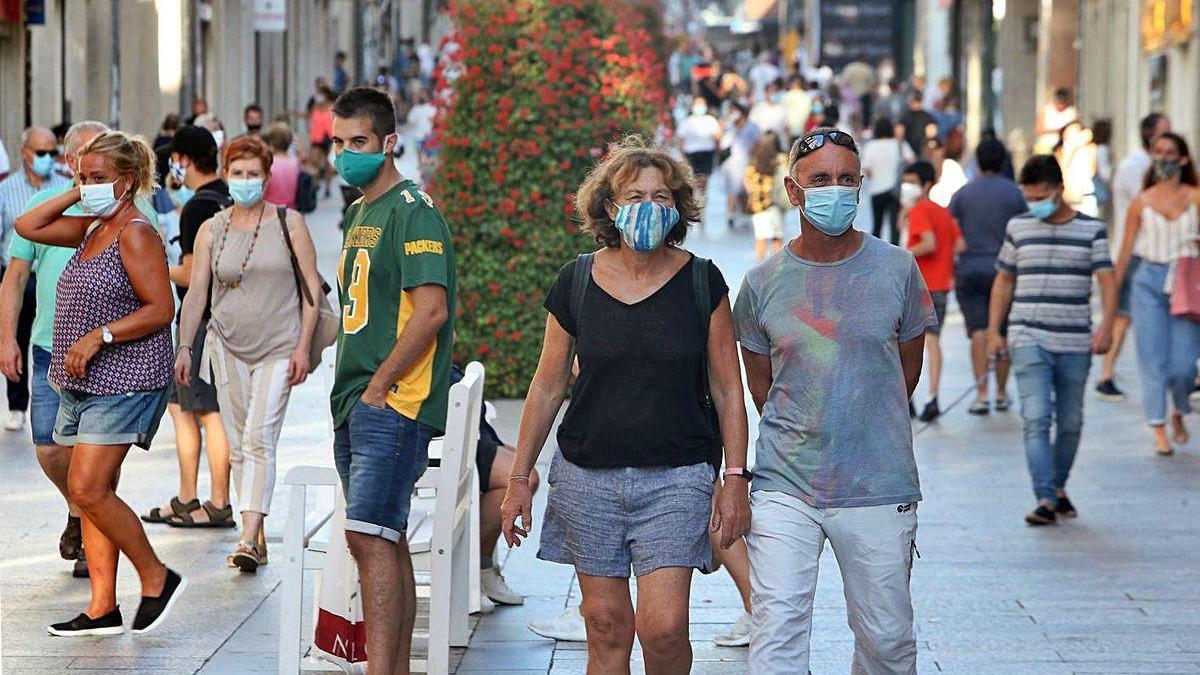 Salvo contadas excepciones, la gran mayoría de ciudadanos hace uso de las mascarillas.