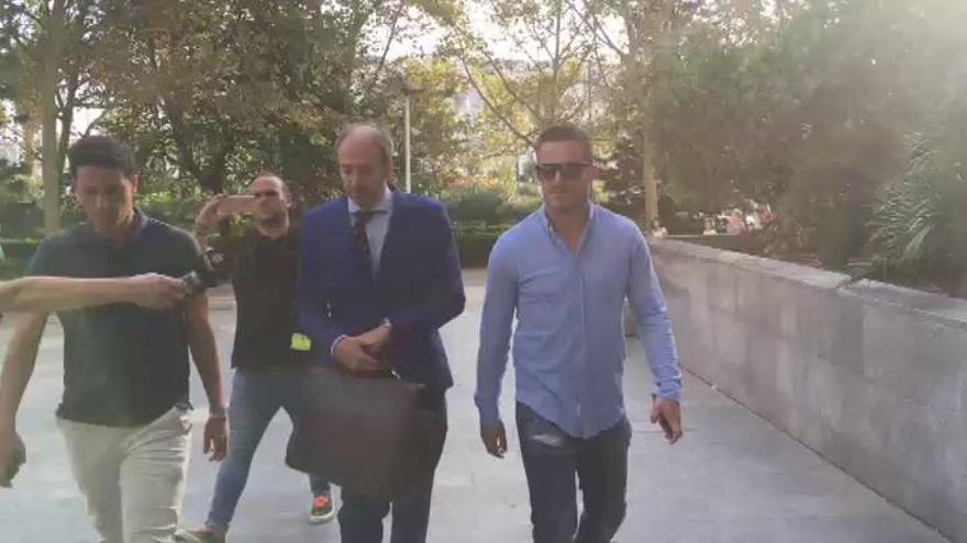 Xavi Torres dice que dejó de sacar dinero del banco porque vivía en casa de sus padres