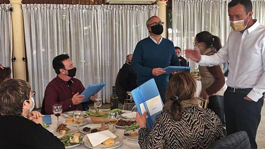 Reunión en el camp d'Elx: Encuentro con los pedáneos
