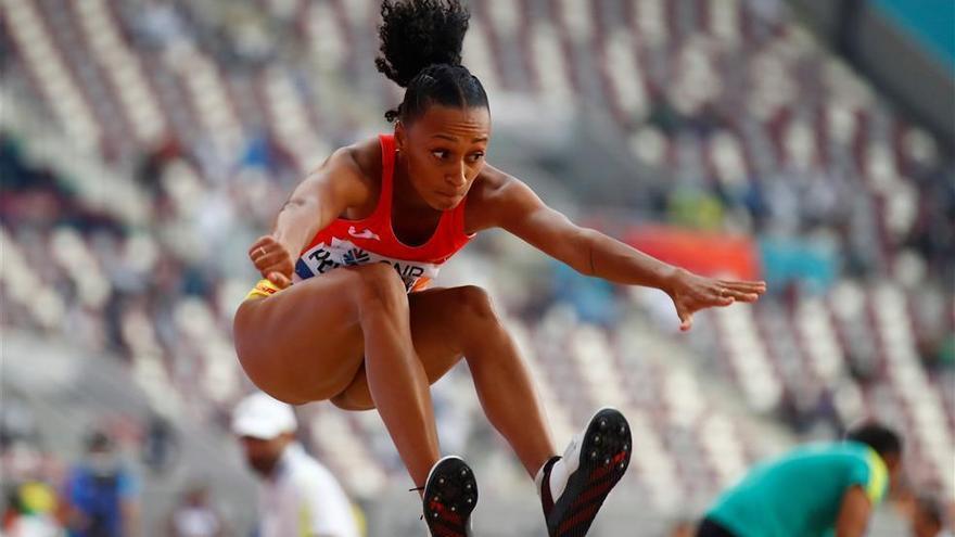 Ana Peleteiro se mete en la final del triple salto