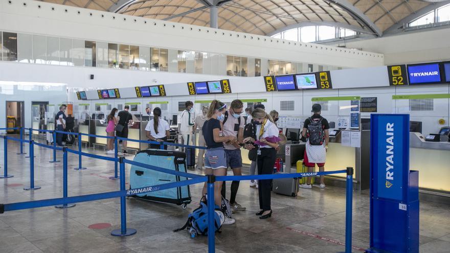La UE no facilita el pasaporte covid a los diagnosticados solo con test de antígenos