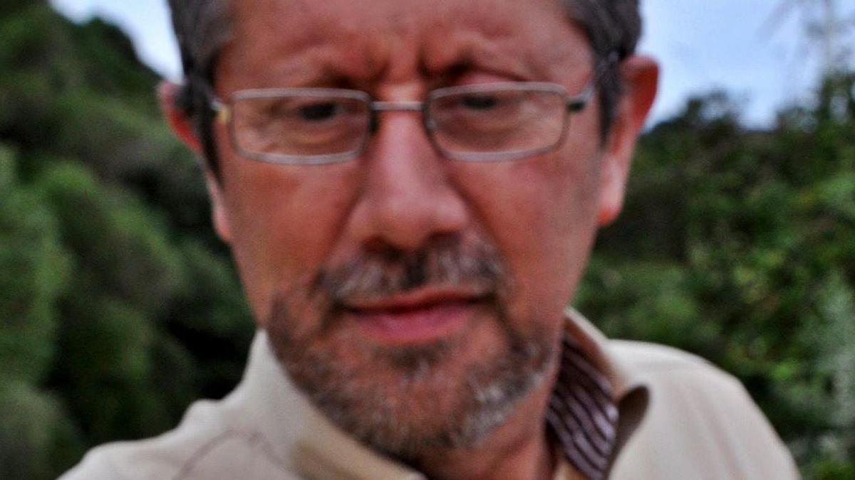 El catedrático de Botánica Enrique Salvo Tierra.