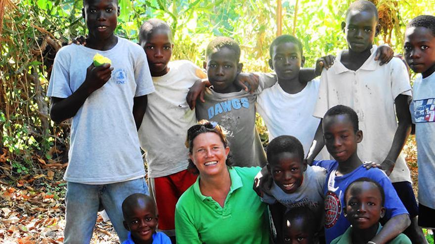 Tres misioneras. Las caras de la bondad