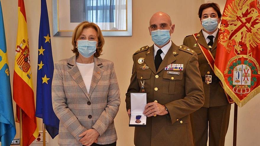"""Medalla de reconocimiento al Regimiento """"Príncipe"""" número 3"""