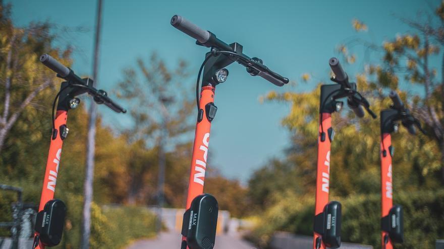 Un 88% de los ciudadanos demanda más formación vial para patinetes y bicicletas