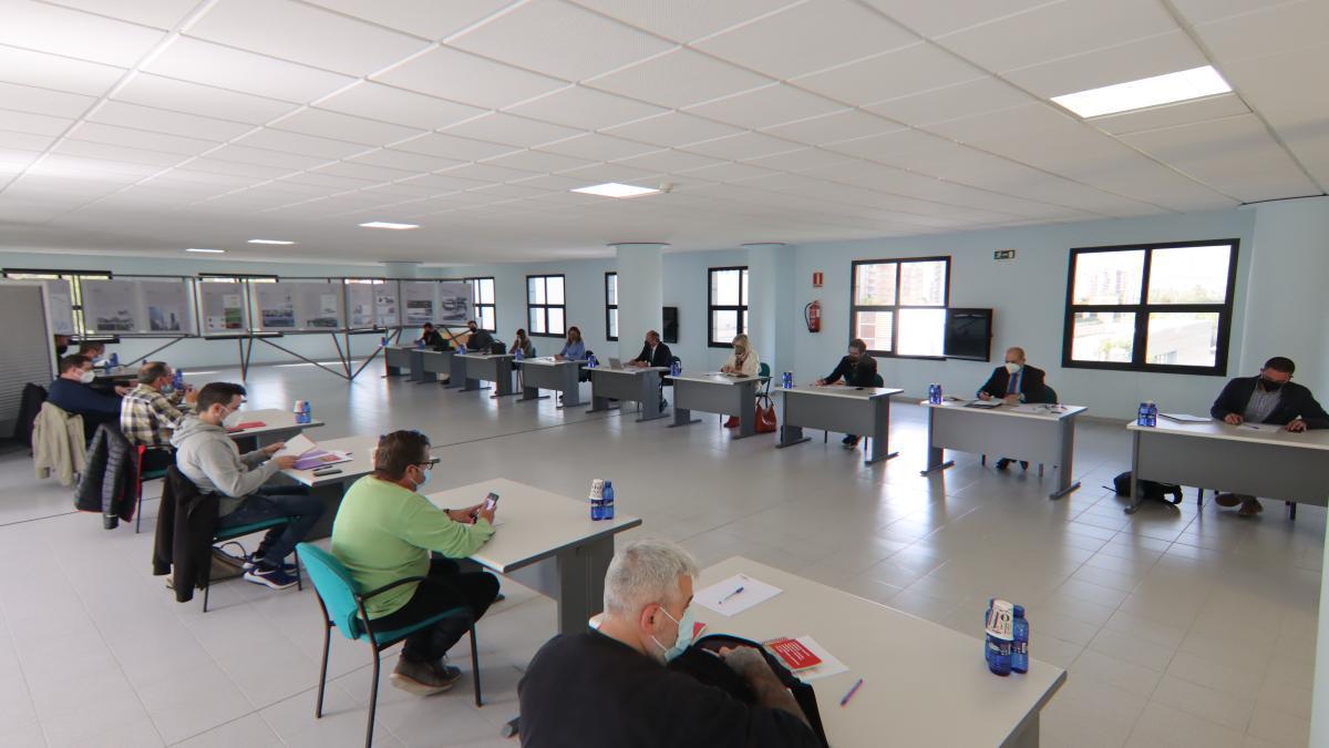 Encuentro de la mesa de negociación para el convenio del azulejo