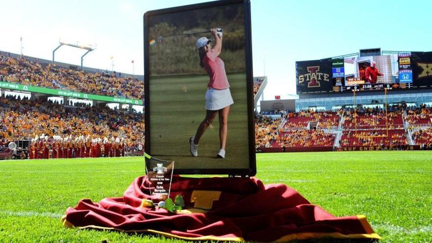 Miles de personas homenajean a Celia Barquín en la Universidad de Iowa